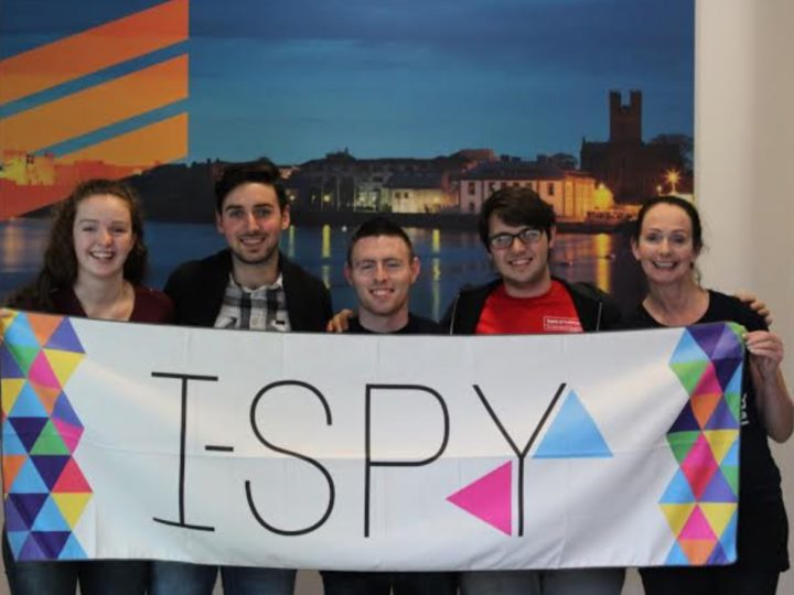 I-SPY Yoga Clothing Scoops Top Award